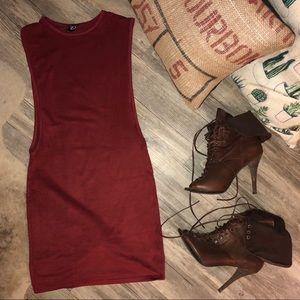 Windsor Dresses - Maroon Windsor Dress